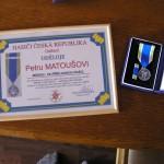 Medaile za příkladnou práci Petr Matoušovi